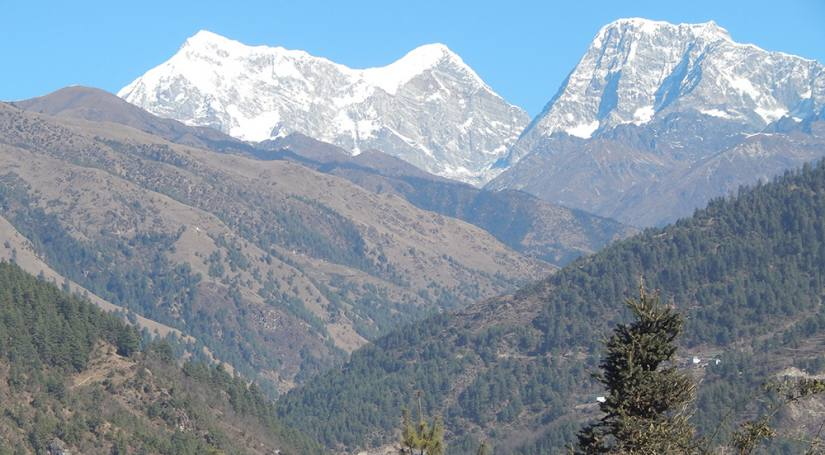 View of Numbur himal from